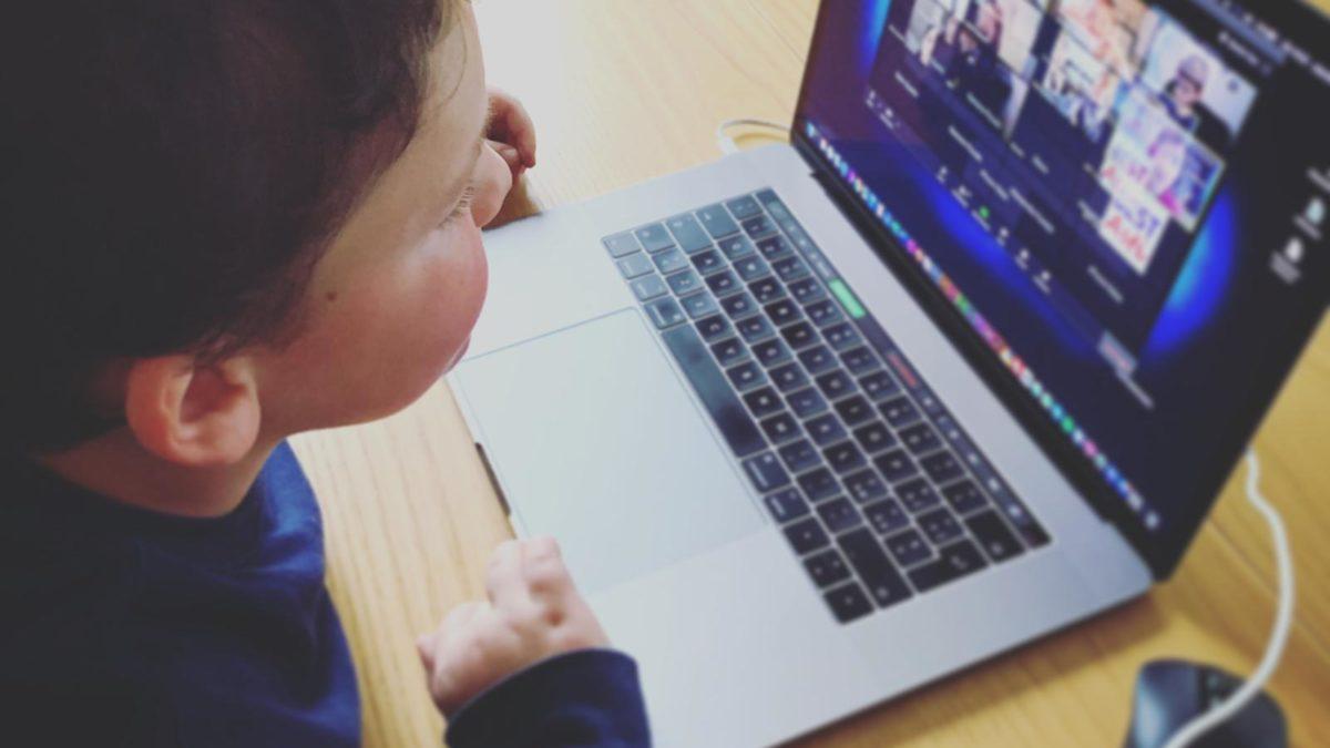 Scuola bilingue Best, classi virtuali per un confronto costante tra insegnanti e alunni
